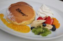 レインボーパンケーキ写真.JPG